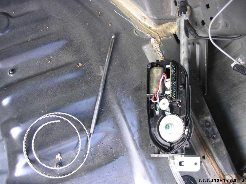 Как отремонтировать штатную антенну Nissan .  Как устроена антенна на автомобилях Nissan.  Работы...